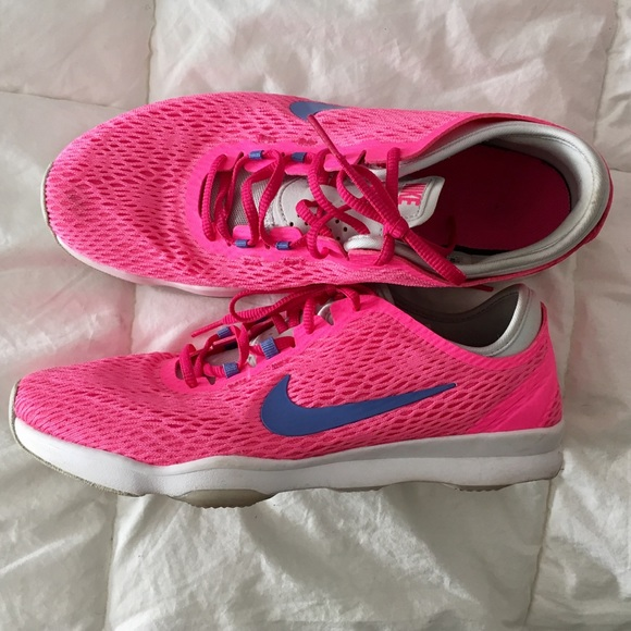 e2527eb713c Nike Zoom Fit Sneakers Hot Pink